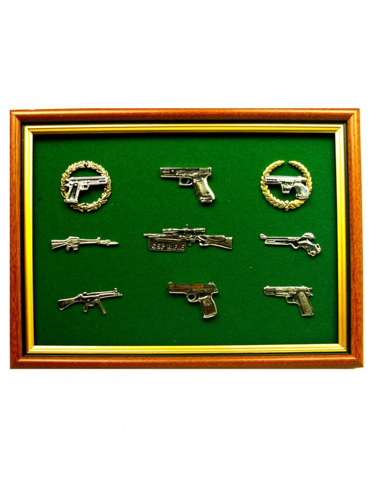 Zestaw miniatur pistoletów