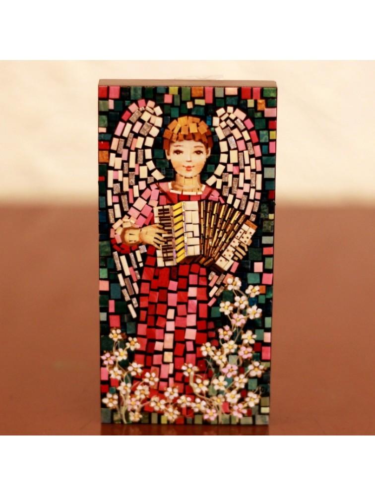 Aniołek grający na akordeonie- mozaika