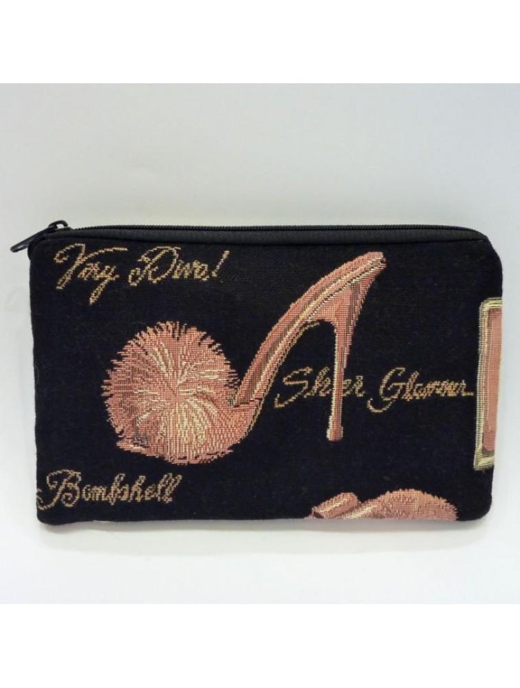 Kosmetyczka w różowe pantofelki