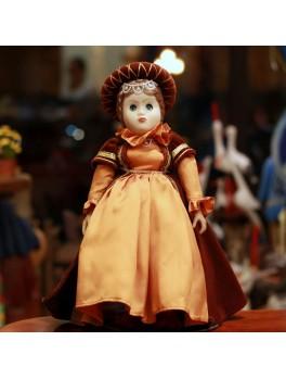 Lalka w stroju historycznym