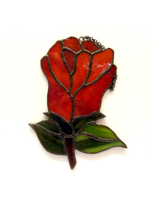 Czerwona róża witrażowa